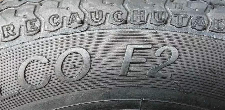 pneu recauchutado