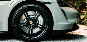 O que é pneu radial? Descubra!